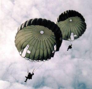 Paraquedas T10