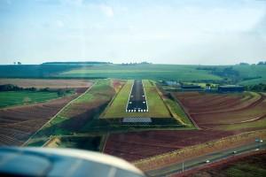 Aeroporto São João da Boa Vista Azul do Vento site Luchiari