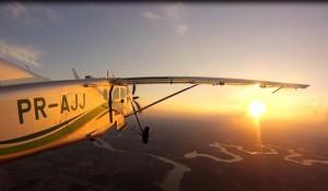 Sunset voo Pilatus PC6 skydivefoz www luchiari com br